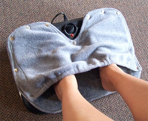 toes foot cover and foot blanket keeps your feet even warmer and more